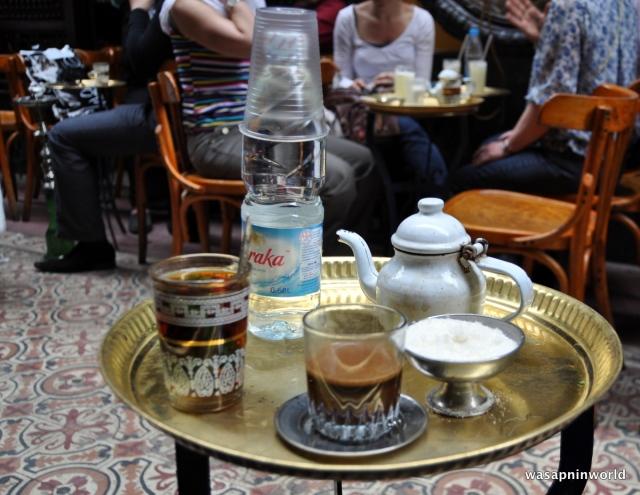 Fishawi cafe tray